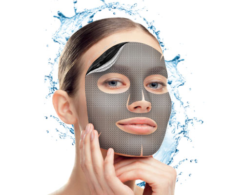 Purifying hydrogel mask with vegetable charcoal